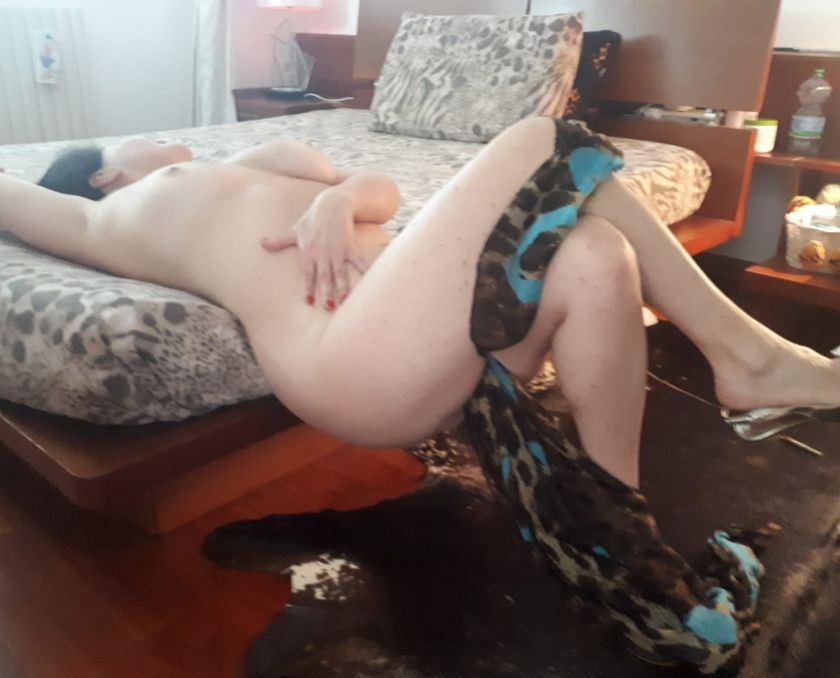 I am a woman who likes to have fun and during our in